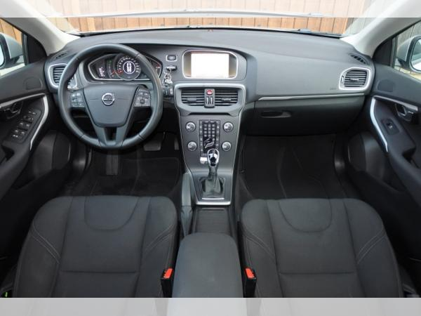 Foto - Volvo V40 T3 Kinetic Geartronic