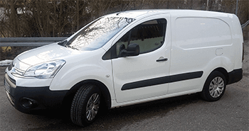 weisser citroen berlingo