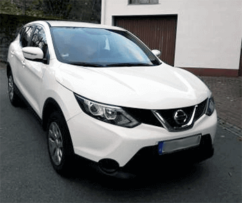 nissan weisse farbe